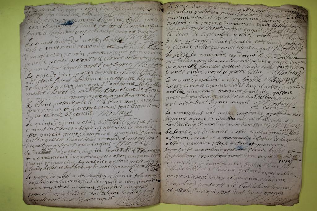 St André de Corcy AD BMS 1669-1730 vue 044